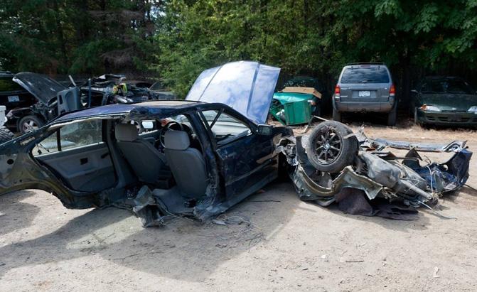 BMW Cut in Half in Freak Accident