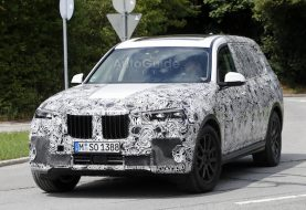 BMW X7 Spied With Production Headlights and Taillights