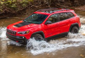 Refreshed 2019 Jeep Cherokee is No Longer Ugly and Gets New Turbo Engine