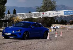 Alpine A110 Struggles in Moose Test