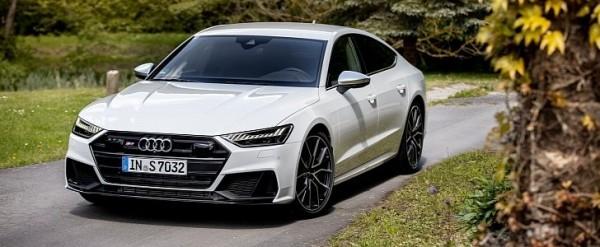 2020 Audi S7 Looks Stunning in Glacier White With Black Trim