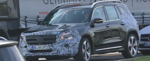 GLB-Class Spied in Germany With Minimal Camo, Looks Ready to Debut