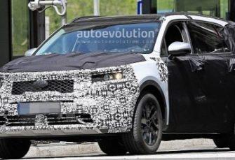 2021 Kia Sorento Spied Being Benchmarked Against BMW X5