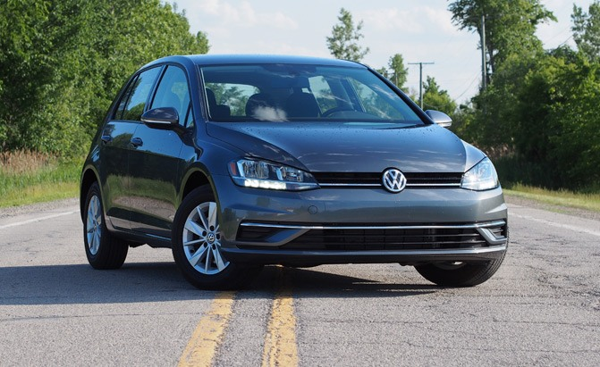 2019 Volkswagen Golf S Review