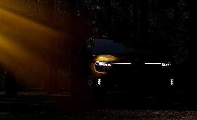 2020 Kia Seltos Teased Ahead of LA Auto Show Debut