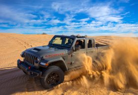 New 2020 Jeep Gladiator Mojave is Ready to Bust Up Sand Dunes