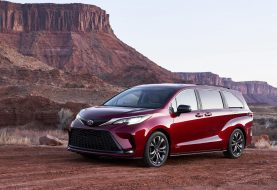 2021 Toyota Sienna Revealed: All-Hybrid People Mover