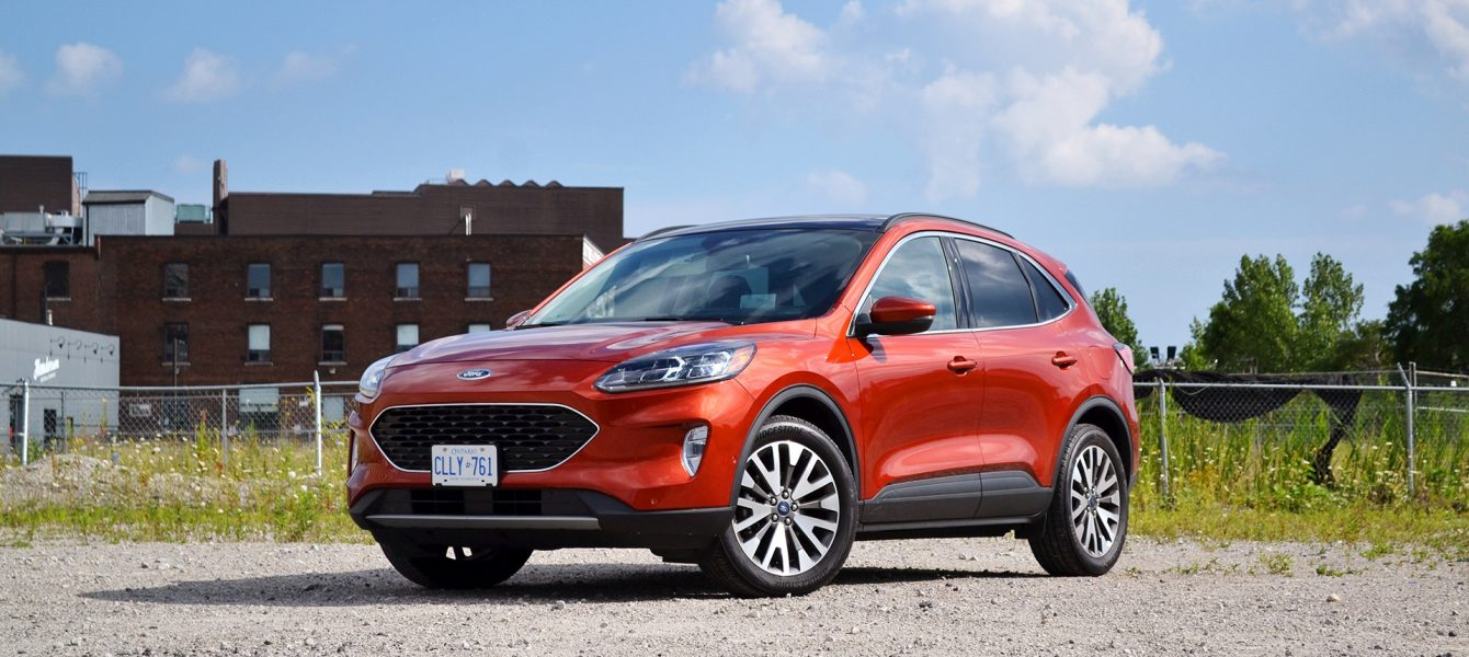2020 Ford Escape Hybrid Review: Friendly Fuel-Sipper